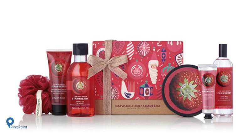 The Body Shop Chrsitmas Gift Bag Stawberry