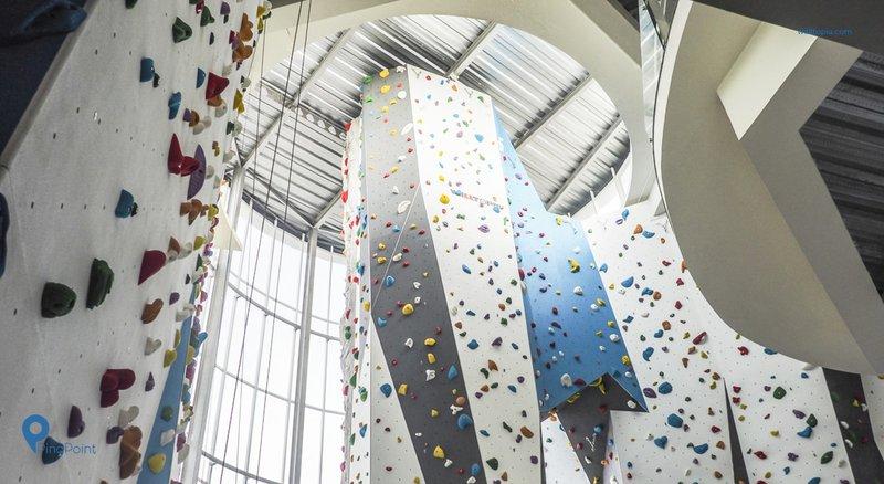 Jajal Serunya Manjat Di Bremgra Indoor Climbing Gym