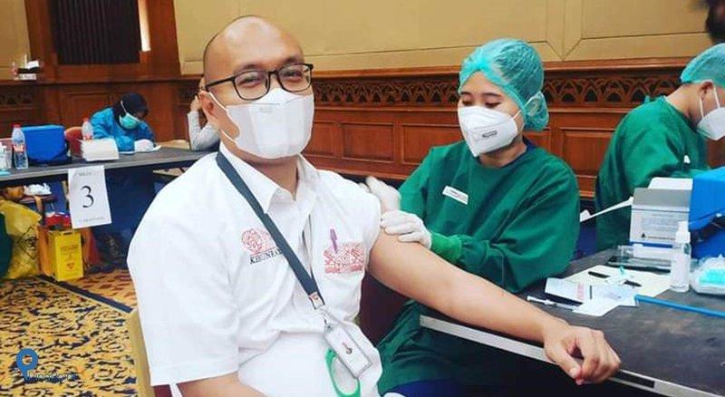 Perkembangan Pelaksanaan Vaksinasi COVID-19 Bagi Pelayanan ...