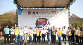 World Clean Up Day 2019, Relawan Bersihkan PIK Mangrove
